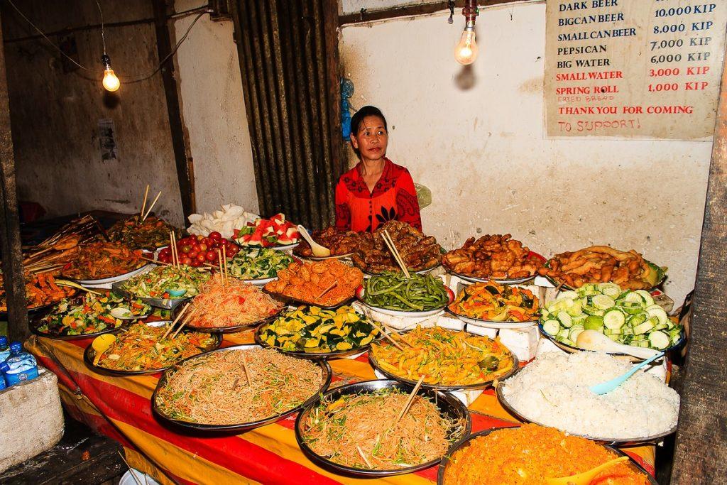 Laos Luang Prabang Nachtmarkt