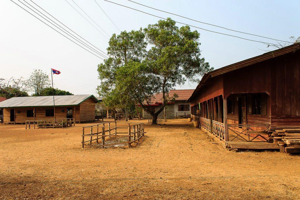 Laos Champasak Schule